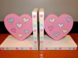 Pink-Heart-Bookends