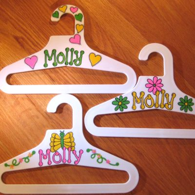 kids clothes hangers